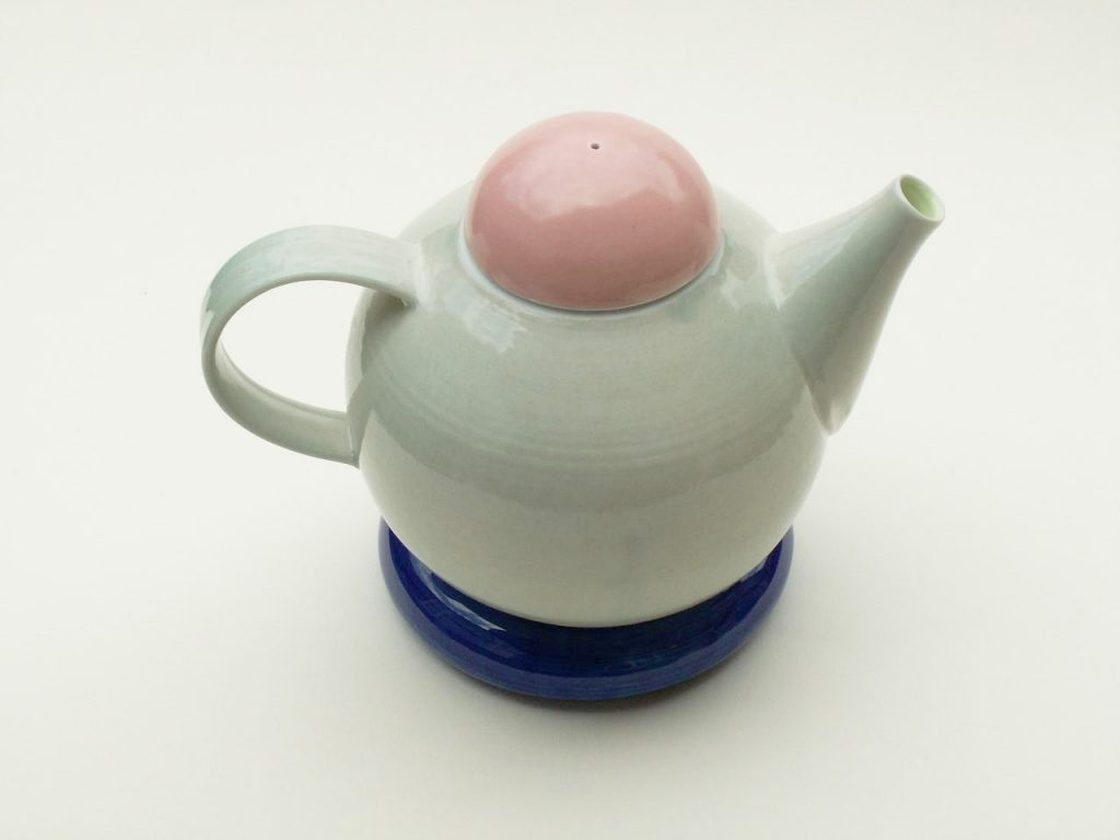 Porcelain and Stoneware for the Home